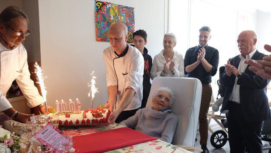 Jacqueline Dezord, une centenaire à l'Ostal du lac 1