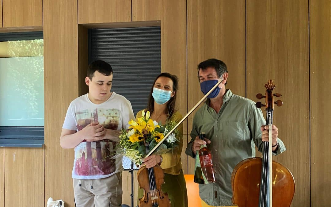 La musique adoucit les maux | Concert à la MAS de Fontcolombe5 (4)